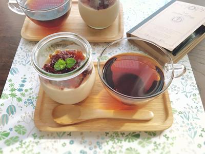 二層の紅茶プリン
