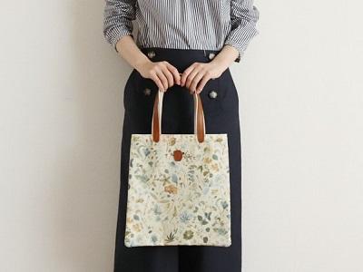 リバティ クーポール Coupole ブックバッグ A4対応 マット Floral Eve フローラルイブ 日本製